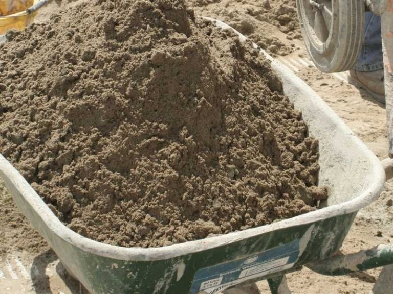 Can I Use Builders' Sand for Gardening?