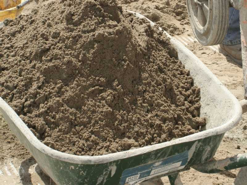 Can I use builders sand for gardening